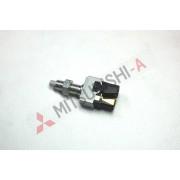 Датчик стоп сигнала для Mitsubishi Pajero Sport (MR329967 )