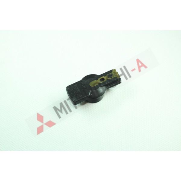 Бегунок распределителя зажигания Mitsubishi (MD611850)